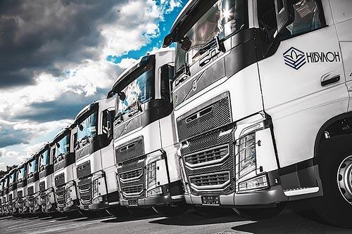 В Украину поставлена крупнейшая партия новых тягачей Volvo FH под зерновозы - Volvo