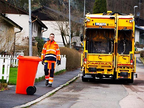 Volvo Trucks тестирует самоуправляемый мусоровоз - Volvo