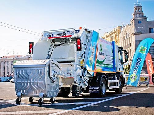 Харьков получил новые мусоровозы Ford TRUCKS