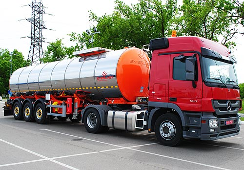 К началу дорожно-строительнго сезона на украинском рынке доступны битумовозы и автогудронаторы - битум