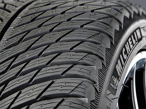 Тест скоростных зимних шин для кроссоверов Michelin Pilot Alpin 5 SUV