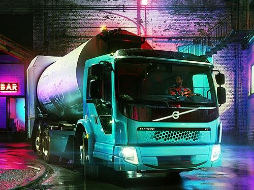 Volvo Trucks представляет вторую модель грузового электромобиля Volvo FE Electric