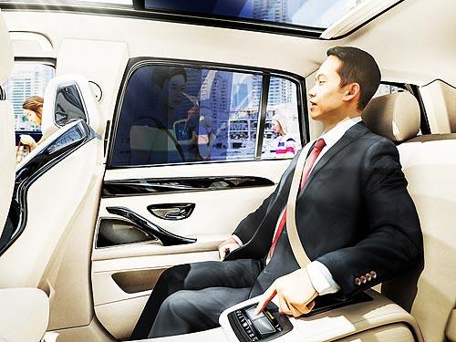 Continental разрабатывает «умное» управление затемнением стекол в авто