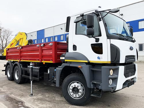 На шасси Ford Trucks изготовили уникальный грузовик для агрокомпании