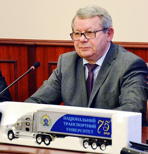 Главному автомобильному ВУЗу страны - 75 лет - НТУ