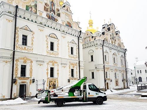 Итальянские автогидроподъемники Comet активно завоевывают украинский рынок. Кто и для чего их покупает