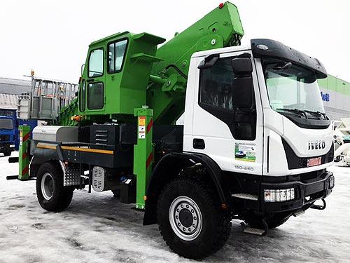 В Украине впервые установили южнокорейские автогидроподъемники Hansin на шасси IVECO