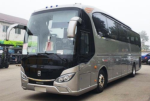 В Украину поставили уникальные туристические автобусы ASIASTAR