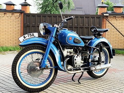 Каким был ранний мотоцикл КМЗ К-750