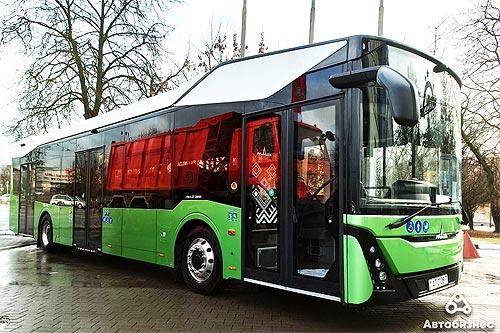 МАЗ уже подготовил к выпуску 8 модификаций автобусов нового поколения МАЗ 303