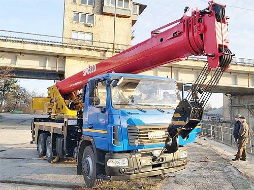 Какие автокраны выпускают в Украине - автокран