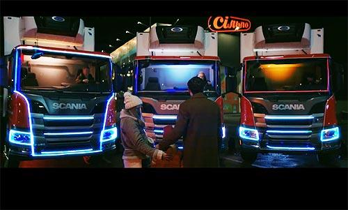 В Украине грузовики Scania сети «Сильпо» исполнили рождественский Щедрик