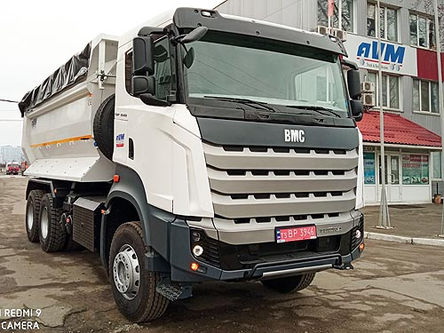 На украинский рынок вышел новый производитель тяжелых грузовиков
