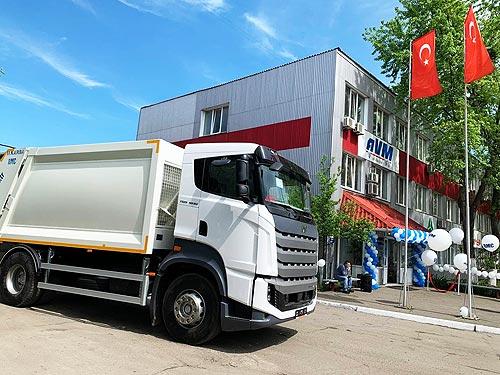 В Украине открылся первый автосалон грузовых автомобилей BMC