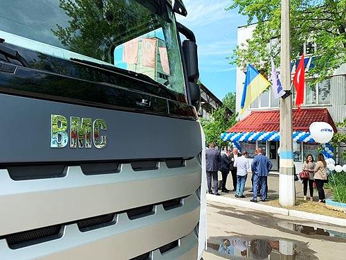В Украине открылся первый автосалон грузовых автомобилей BMC - BMC