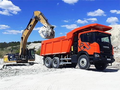 Scania представила еще одну модель карьерного самосвала 6*4 с повышенной грузоподъемностью - Scania