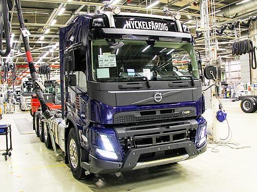 Стартовало серийное производство нового поколения грузовиков Volvo FH, FH16, FM и FMX