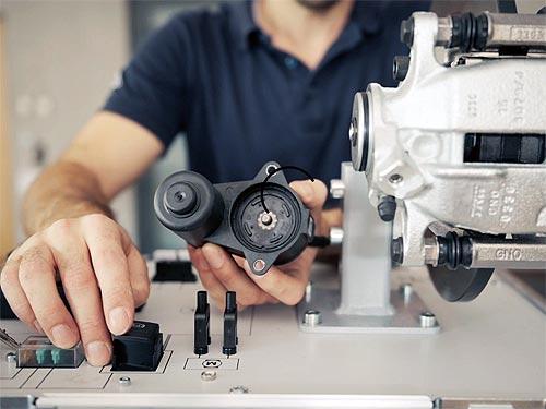 Новый ассортимент от бренда TRW: как отремонтировать систему електронного стоян очного тормоза Electric Рarking Brake - TRW
