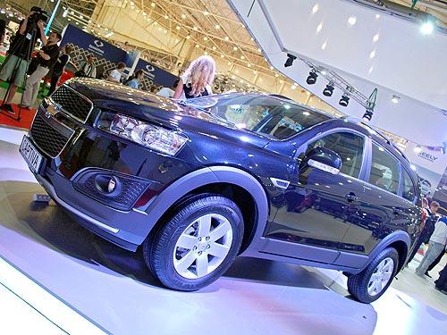 Что поменялось в обновленном кроссовере Chevrolet Captiva, представленном в Украине - Chevrolet
