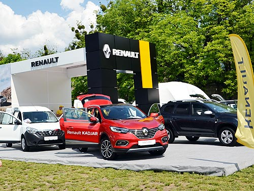 Renault в Киеве демонстрировала новинки и возможности трансформаций своих моделей