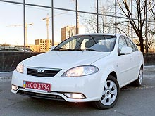 Тест-драйв Daewoo Gentra: новый Lacetti в «тюбетейке», но за 99 тыс. грн?