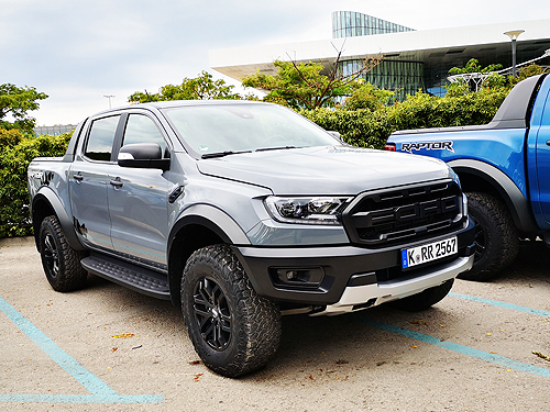 Тест-драйв Ford Ranger Raptor: БТР на каждый день