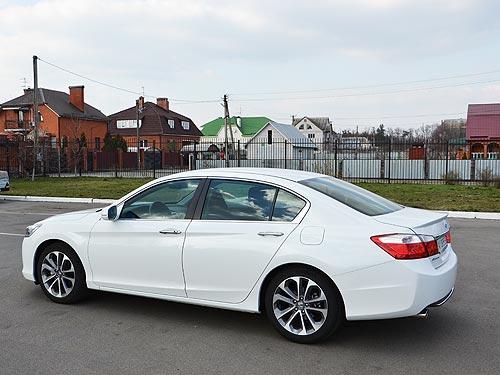Тест-драйв Honda Accord: Нотная грамота