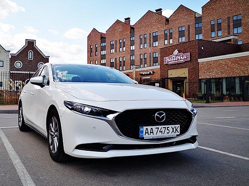 Дайте три! Тест-драйв Mazda3
