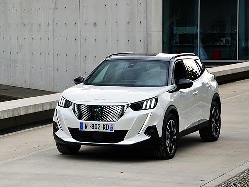 Первый электрический Лев, который появится в Украине. Тест-драйв Peugeot e-2008 - Peugeot