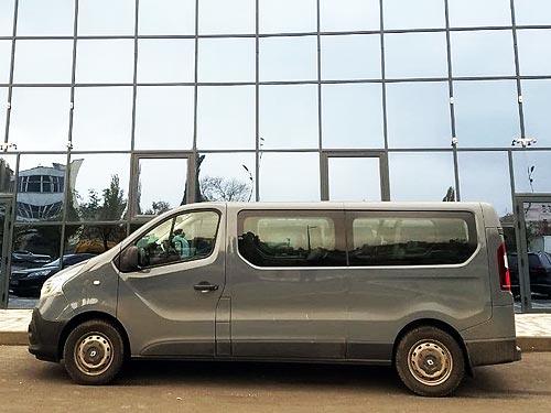 Выбираем 9-местный микроавтобус до 1 млн.грн. Тест-драйв Renault Trafic - Renault