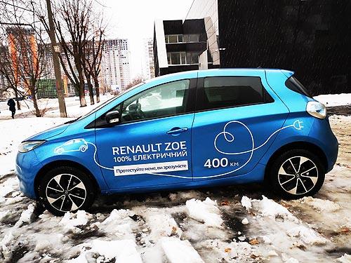 Французская электричка, но пока не экспресс. Тест-драйв Renault ZOE - Renault