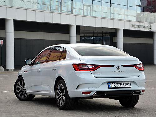Тест-драйв обновленного Renault Megane. Что изменилось - Renault