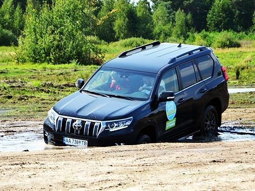 Сравнительный тест BMW X5, Toyota Prado Hyundai Santa Fe и Ford Ranger на бездорожье - тест