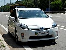 Тест-драйв Toyota Prius: Гибрид в украинских реалиях