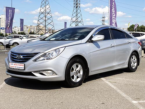 Hyundai Sonata с пробегом доступен с выгодой до 14 000 грн. и в кредит от 64 грн. в день