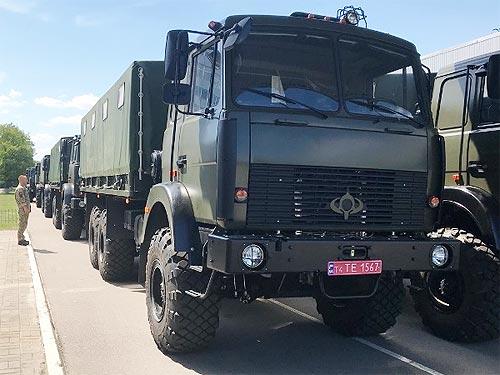ВСУ передали очередную партию грузовиков Богдан 6317