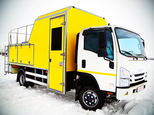 На базе ISUZU NPS 75 выпустили спецавтомобиль для коммунальных служб