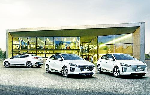 Hyundai празднует 30 лет инноваций в эко-мобильности
