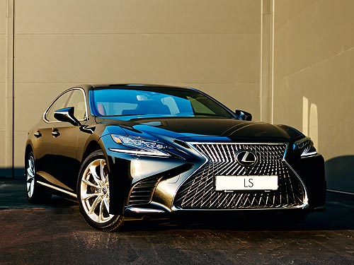 На флагманский седан Lexus LS действует невероятное предложение
