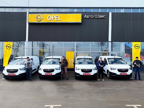 Коммерческие вэны Opel Combo Cargo находят новых корпоративных клиентов