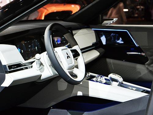 Каким будет новый Mitsubishi Outlander. Первые фото - Mitsubishi