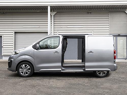 Электрические модели PEUGEOT, CITROEN, OPEL победили в конкурсе «Международный фургон года 2021» - PEUGEOT