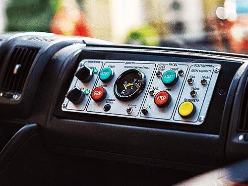 На базе PEUGEOT BOXER создали пожарные автомобили первой помощи АПП-2 - PEUGEOT