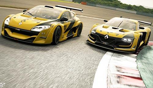 Пилоты Renault приняли участие в первой киберспортивной гонке Renault