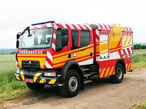 В Украине создали уникальный пожарный автомобиль на полноприводном шасси Renault D