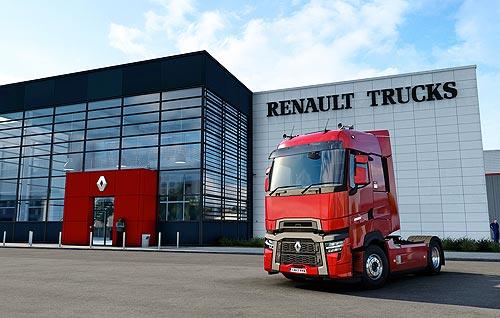 Renault Trucks представила новые модели T и T High 2021 в игре-симуляторе