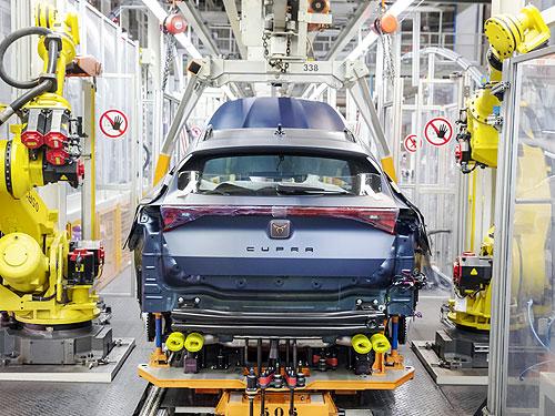 Возможен ли дефицит или задержка поставок новых автомобилей в Украину. Мнения основных операторов - авторынок