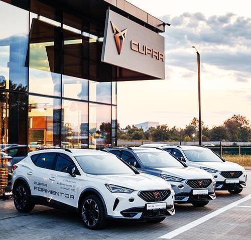 Покупатели стали меньше отдавать предпочтение премиальным автомобилям - авторынок