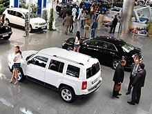 Украинцы за год стали покупать более дорогие авто