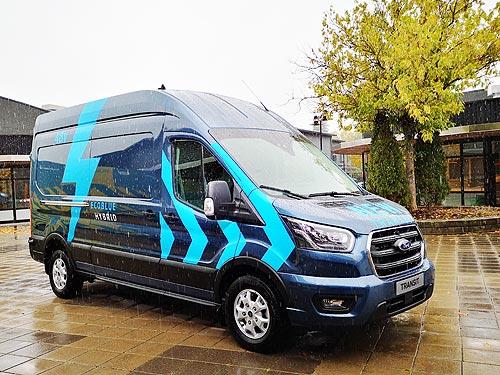 В чем преимущества гибридных Ford Transit от обычных фургонов - Ford